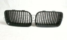 BMW E36 решетка радиатора