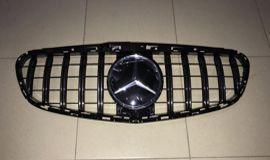 MERCEDES-BENZ W212 решетка в бампер