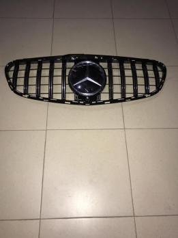 MERCEDES-BENZ W212 решетка радиатора GT